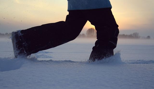 chůze ve sněhu