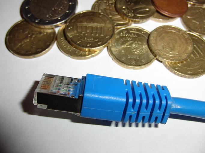 konektor a mince