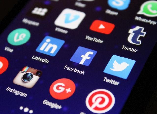 sociální média, ikony – detail.jpg